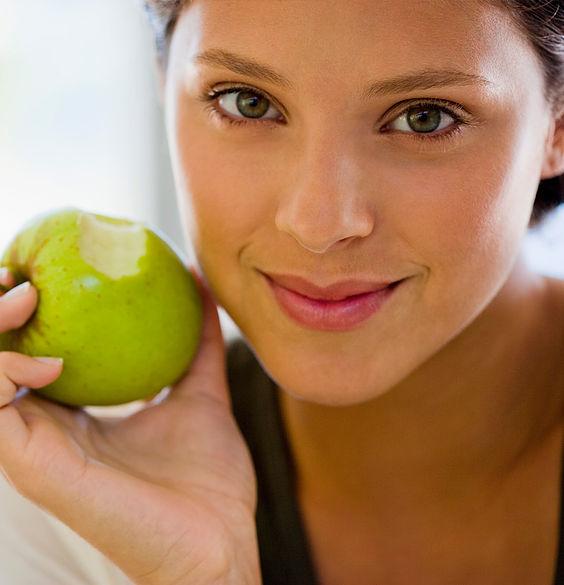 Los beneficios de las frutas en los tratamientos estéticos, no solo para todos los paladares