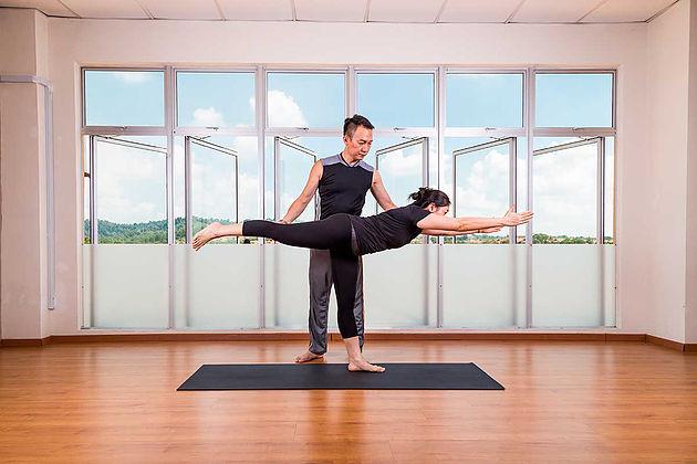 Recomendaciones para la práctica del Yoga cuando tienes un defecto postura